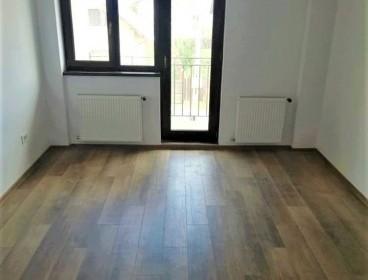 Viva Imobiliare - Apartament spatios si luminos, 2 camere, intermediar, parcare