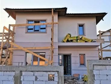Viva Imobiliare - Complex vile cu 4 camere, incalzire in pardoseala, Breazu