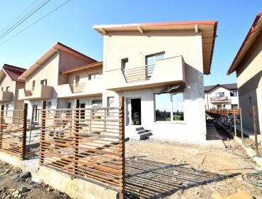 Viva Imobiliare - Vila lux 4 camere patruplex cu 300 mp teren Popas Pacurari-V. Lupului