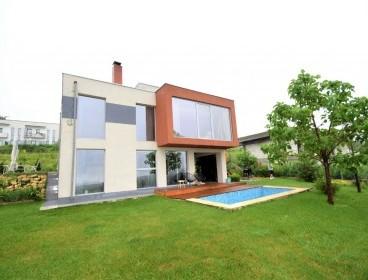 Viva Imobiliare - VIDEO - Vila 5 camere Bucium, Modern House