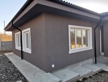 Viva Imobiliare - Bucium - Pietrarie - casa noua 4 camere pe parter cu 450 mp teren