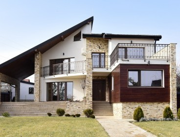 Viva Imobiliare - Proprietate de lux, zona Galata (Platoul Insorit), 1260 mp teren;