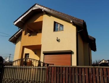 Viva Imobiliare - Popas Pacurari, casa cu 4 camere , 220 mp, 500 teren