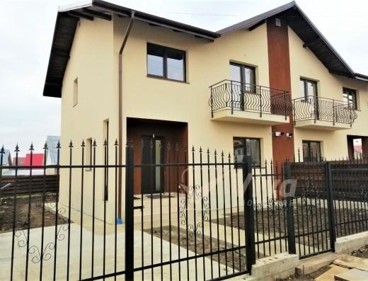 Viva Imobiliare - Casa Miroslava 4 camere 250 mp teren, acces asfaltat Miroslava