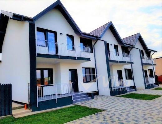 Viva Imobiliare - Triplex cu 4 camere, 116 mp, Miroslava, canalizare