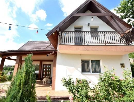 Viva Imobiliare - Casa amenajata 4 camere, teren 1700 mp Popas - Pacurari/V. Lupului