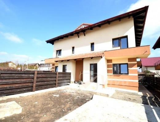 Viva Imobiliare - Duplex bine construit 140 mp, Popas Pacurari - V.Lupului zona centrala