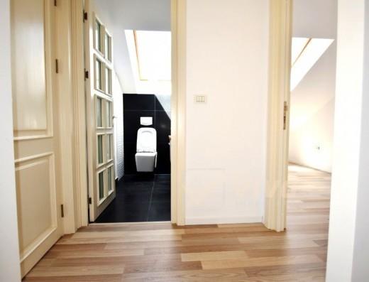 Viva Imobiliare - Apartament 3 cam tip mansarda, in ESQ Village 1, mutare imediata!